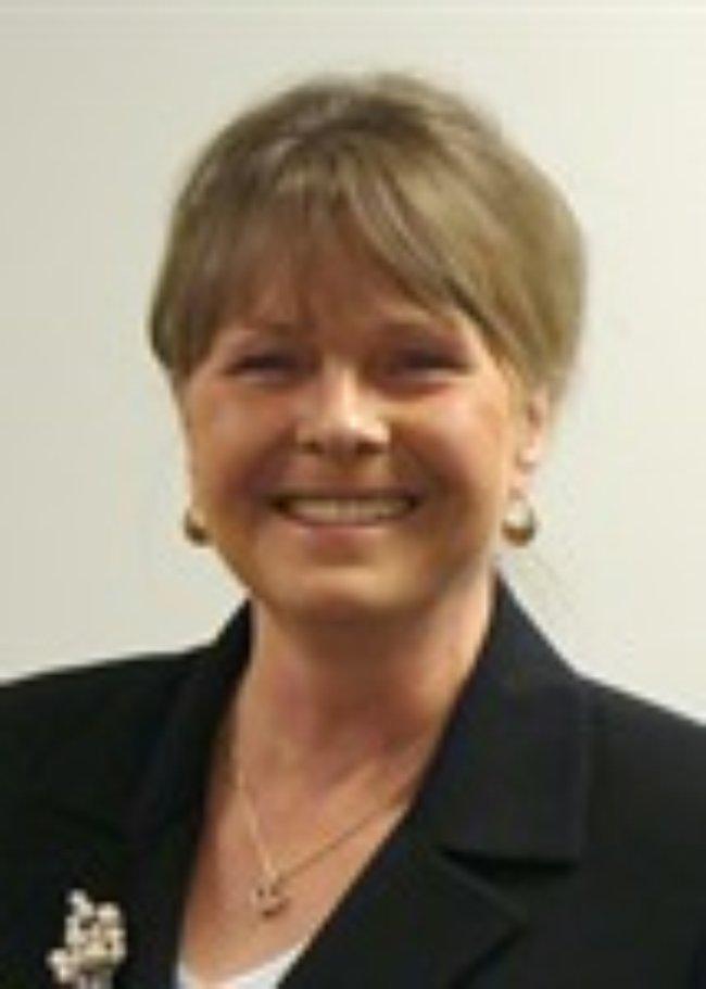 Photo of Sandy Odlund,